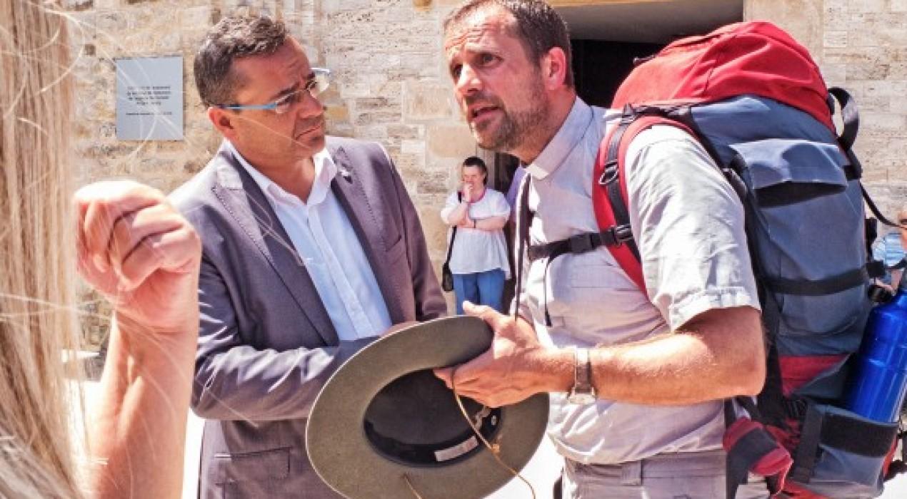 Visita del bisbe de Solsona a Guardiola de Berguedà sense previ avís