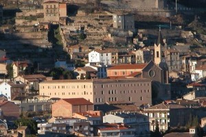 Berga diu adéu als franciscans