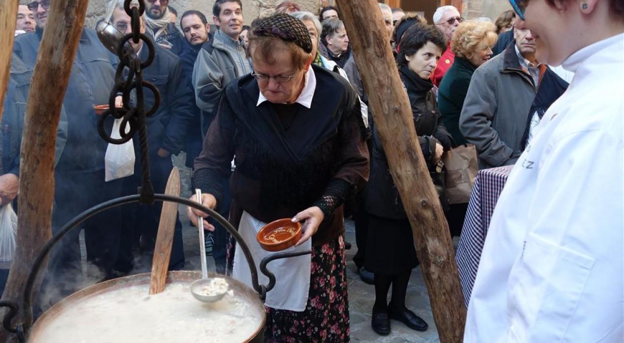 Gironella celebra 25 anys del tast de blat de moro escairat