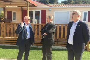 """El conseller Puig inaugura la primera fase d'ampliació de Berga Resort i rep la petició empresarial de """"reactivar els Rasos de Peguera"""""""
