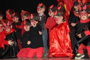 L'escola d'Avià representa els Pastorets
