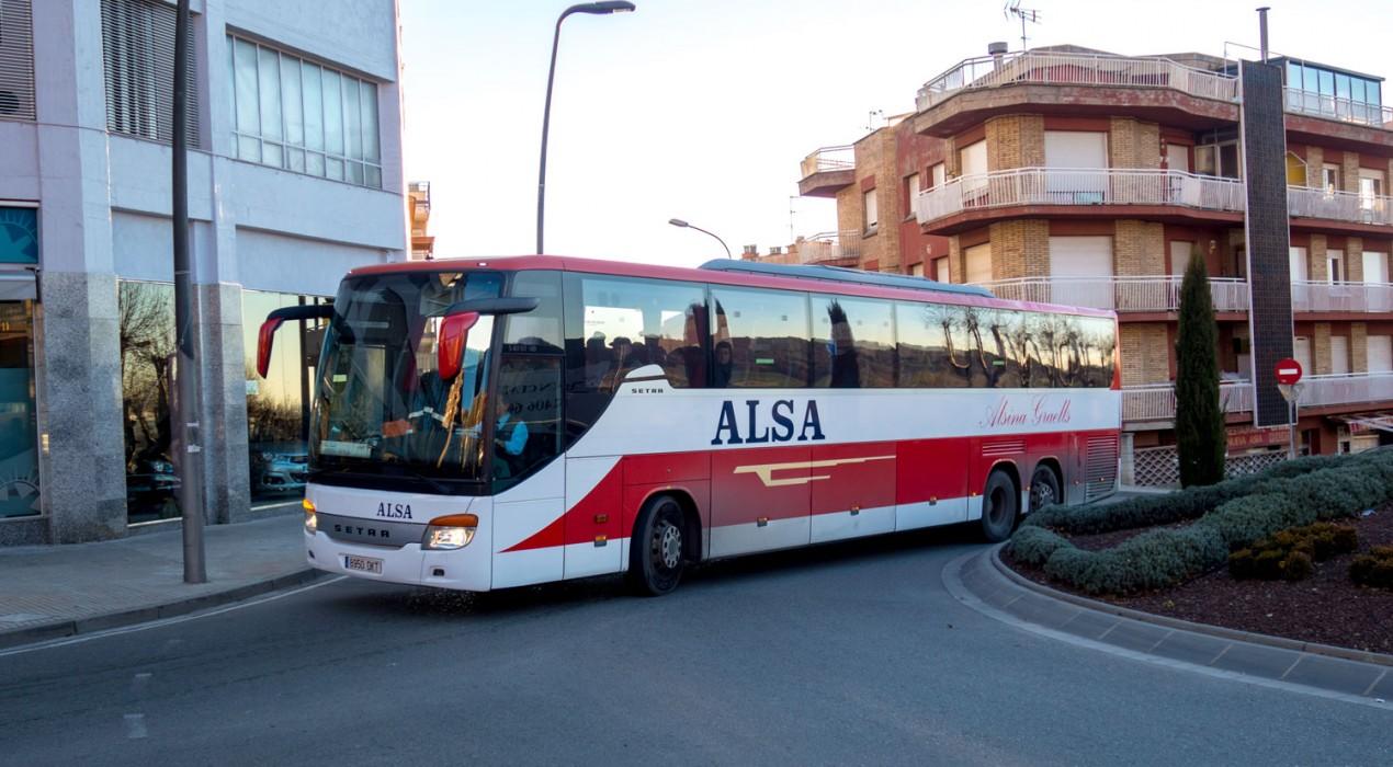 Els conductors d'autobusos Alsina Graells convoquen una vaga per reivindicar els seus drets laborals