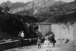 L'AquíBerguedà edita el calendari de Berga 2015 amb retrats captats per Jaume Huch i Guixer la dècada de 1920-30