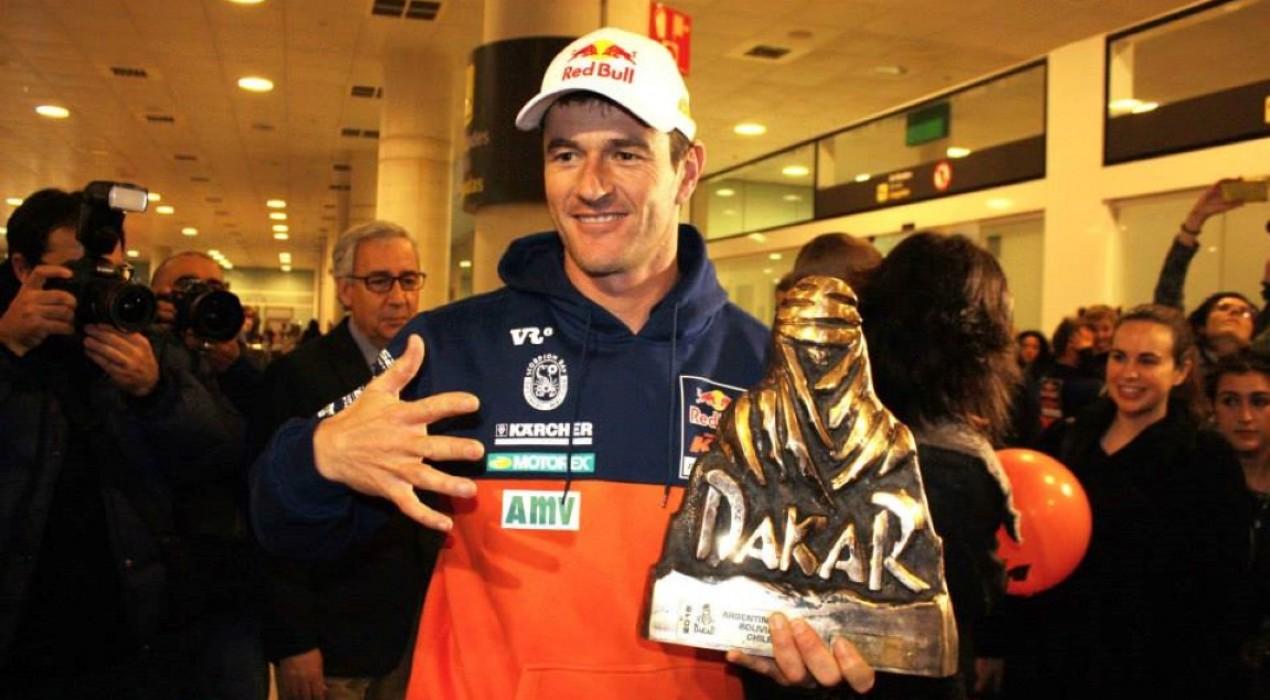 Marc Coma valora l'oferta de participar al Dakar 2016 en cotxe
