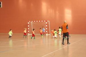 Escolars de 3 a 5 anys participen en una trobada de futbol-7 a Berga