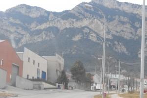Detenen tres persones per intentar robar cables elèctrics i alumini d'una fàbrica del polígon de la Valldan