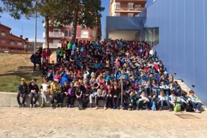 Uns 550 alumnes participen en una trobada esportiva entre una quinzena de centres del Berguedà