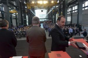 Un bomber del parc de Guardiola rep la medalla d'Honor d'Argent del cos