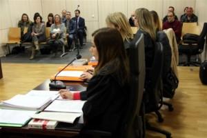 Condemnen a quatre anys de presó una mestra de Gironella per maltractar dos nens d'un any
