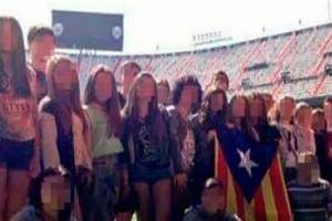 El València emet un comunicat en què lamenta l'exhibició d'una estelada a Mestalla per part d'uns estudiants berguedans