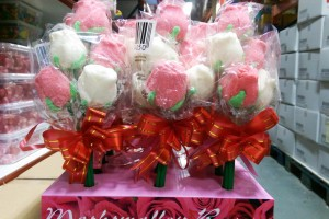 Els botiguers d'El Vall de Berga repartiran aquest dijous fins a 2.000 roses de llaminadura, coincidint amb Sant Jordi