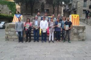 Fins a 19 candidatures de l'alt Berguedà signen el compromís de l'ANC respecte el procés d'independència