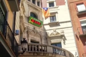 Berga desobeeix la junta electoral central i no retira l'estelada de l'ajuntament