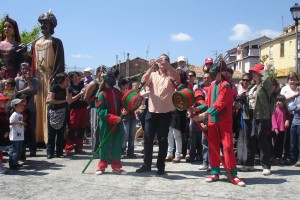 La Patum de la Pietat estrena vestits de Gegants i Nans Vells, i millores en l'Àliga i el Tabal