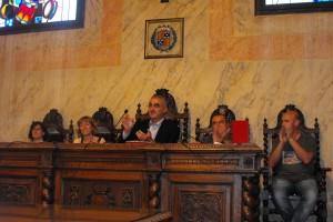 """L'alcalde sortint Juli Gendrau afirma estar """"a disposició de l'equip de govern de la CUP"""" en el ple de comiat a Berga"""