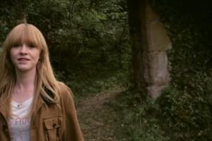 La cantautora anglesa Lucy Rose publica el seu últim videoclip, gravat a la Riera de Merlès
