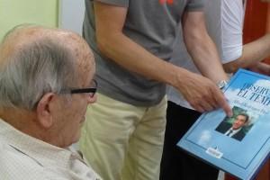La Fundació Sant Roc engega una iniciativa per a què els seus residents puguin mantenir l'interès per la lectura