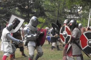 Artesans i cavallers traslladen Bagà al seu passat medieval en un concorregut cap de setmana de Festes de la Baronia de Pinós
