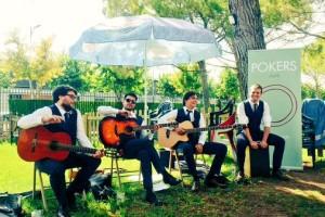 El grup de pop català Pokers porta la seva última iniciativa musical a la Font del Balç, aquest diumenge