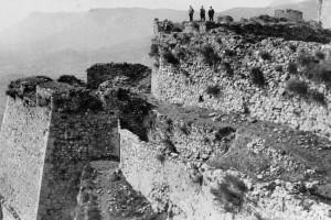 El Castell de Berga enceta un nou format de visita guiada en què es llegiran documents sobre la fortalesa d'entre els anys 1590 i 1908