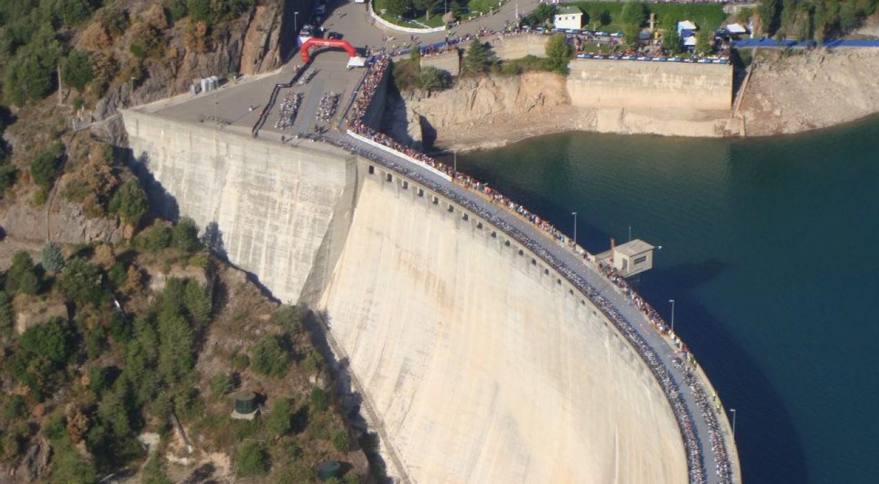 L'Agència Catalana de l'Aigua incrementa la garantia de combustible per als grups electrògens de la presa de la Baells