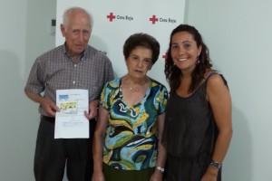 Creu Roja Berguedà entrega a un matrimoni de Berga un premi de 200 euros del Sorteig de l'Or