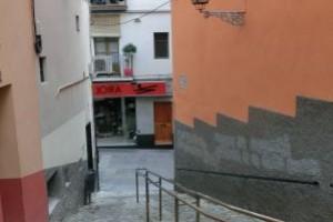 Berga repararà el paviment de les escales de la pujada de Sant Francesc