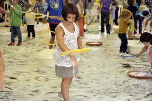 Bergacomercial organitza un taller de bombolles