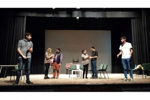 La Farsa, de Berga, posa en escena la comèdia 'Método 33′