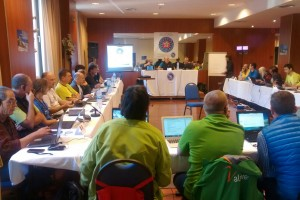 Una quarantena de guies de muntanya de 15 països fan assemblea a Berga