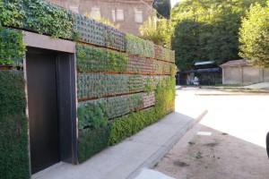Un jardí vertical obra del Centre de Jardineria del Berguedà