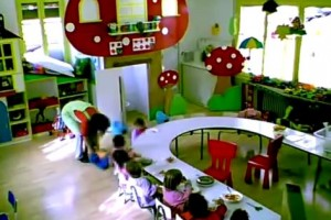 Fixen tres anys de presó per a la mestra que va maltractar infants a una llar d'infants de Gironella