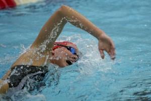 Berga Resort acull 24 hores de natació solidària per ajudar als refugiats