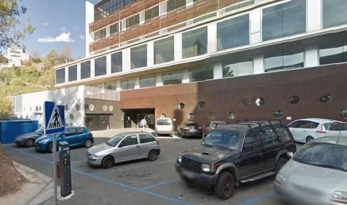 Un treballador de l'hospital de Berga recull firmes a Change.org per eliminar la zona blava