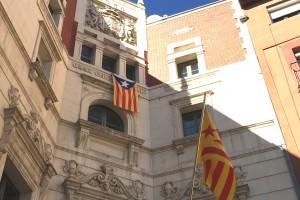 El jutge cita a declarar l'alcaldessa de Berga per no retirar l'estelada de la façana de l'Ajuntament