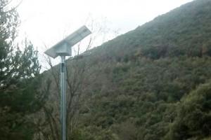 Cercs posa fanals solars per il·luminar el camí que uneix la Rodonella i Sant Jordi