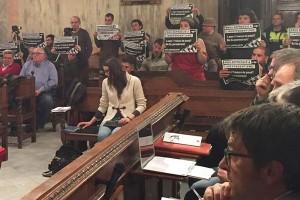 Berga aprova una moció de suport al 'Teti', acusat d'agredir l'exregidor del PP López Noguera