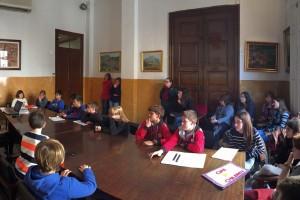 Les cooperatives escolars de Berga exposen a l'Ajuntament la feina feta
