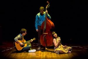 A la venda les entrades pel concert 'Un pas i neu i un pas', al Teatre Municipal de Berga