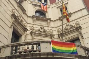 L'Ajuntament de Berga fa una crida a treballar per acabar amb la discriminació que pateix el col·lectiu gai i lèsbic