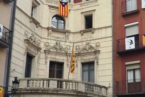 Berga vol municipalitzar el servei de neteja dels edificis municipals un cop liquidat el contracte amb l'empresa