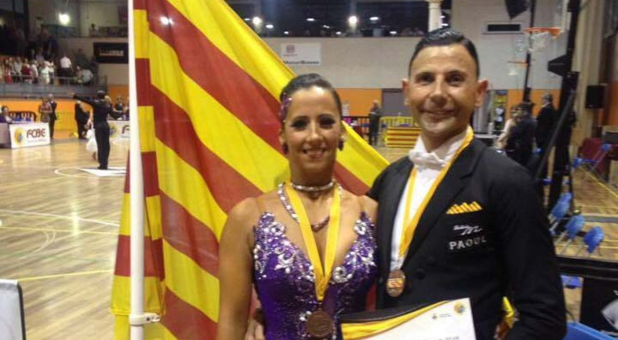 Els balladors Joan Boixader i Rosanna Camprubí, tercers de Catalunya en balls llatins i estàndard