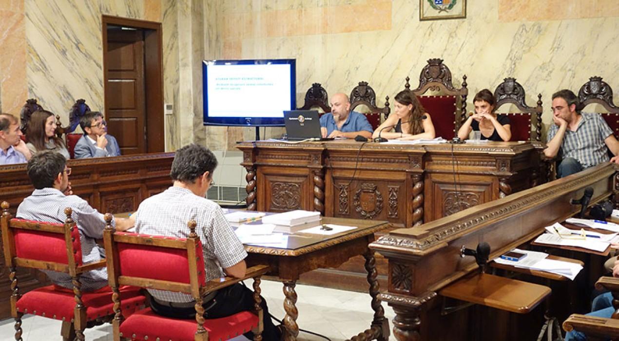 L'oposició demana que els usos que se li donaran al convent de Sant Francesc se sotmetin a debat