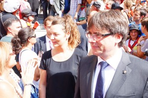 Carles Puigdemont omple la Patum de Lluïment de crits d'independència