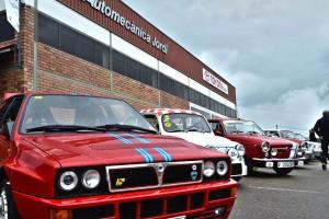 Berga atrau 120 cotxes clàssics en un èxit de trobada que supera les expectatives