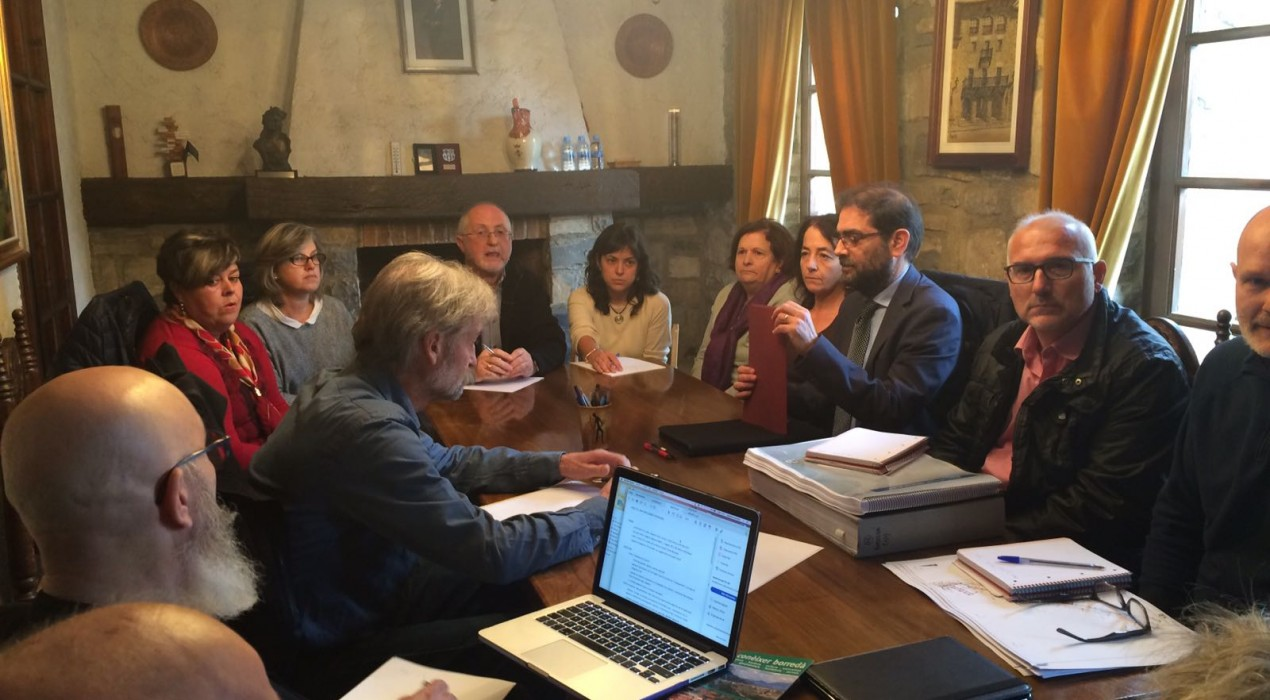 L'ACA es reuneix amb els veïns de Borredà per desencallar les obres de la depuradora
