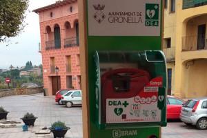 Gironella instal·la quatre nous desfibriladors per convertir el poble en un lloc cardioprotegit