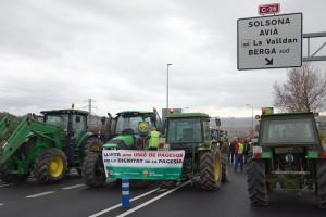 Unió de Pagesos talla la C-16, a Berga, i els altres quatre punts d'accés al Pirineu català