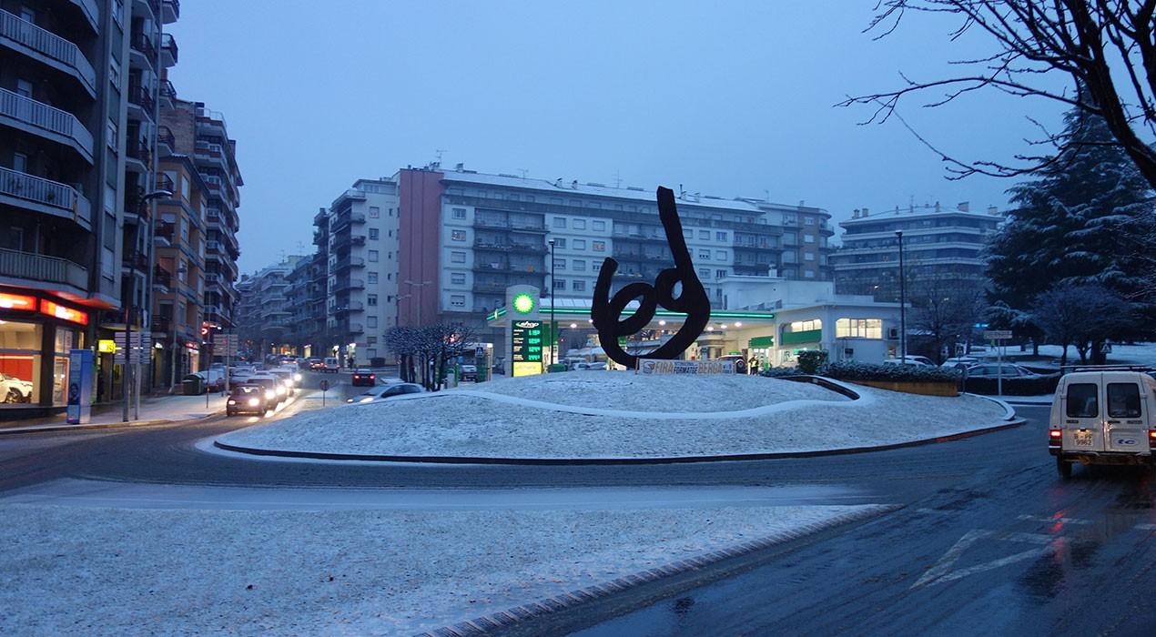 Carrers tallats i dotze punts de potassa a Berga per evitar accidents i facilitar la retirada de neu