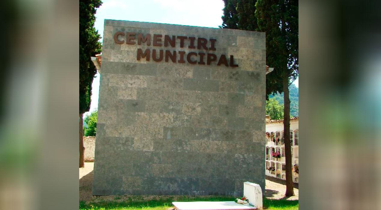 El cementiri de Guardiola té més de 500 nínxols però la Diputació recomana alliberar-ne més